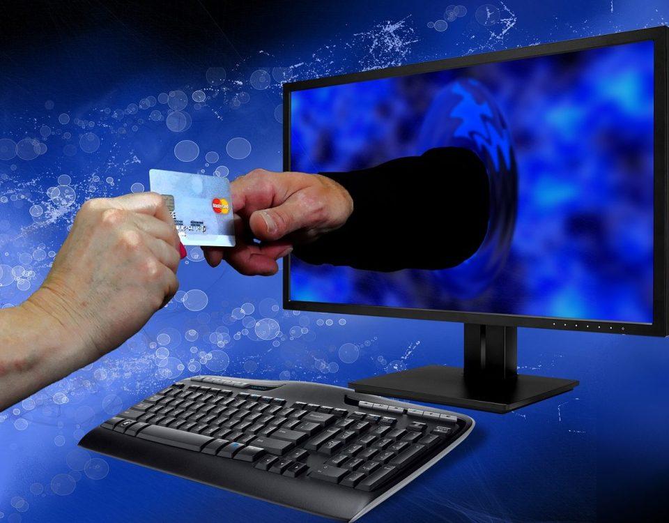 Plus de 4 internautes sur 5 achètent en ligne